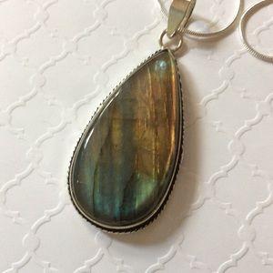 Jewelry - Sterling Silver Labradorite Pendant Necklace